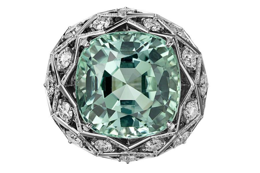 Gioielli Cartier – Coloratura – Alta gioielleria - Anello Matsuri in platino, una tormalina forma coussin (26,20 carati), onice, diamanti taglio brillante.