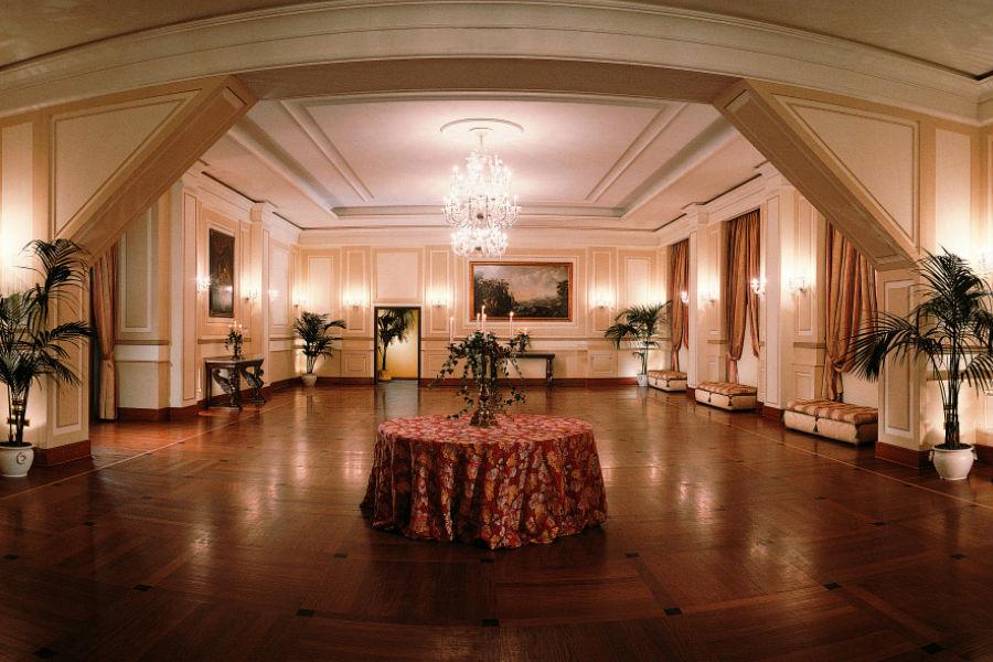 Grand Hotel Vesuvio Napoli: sala per ricevimenti