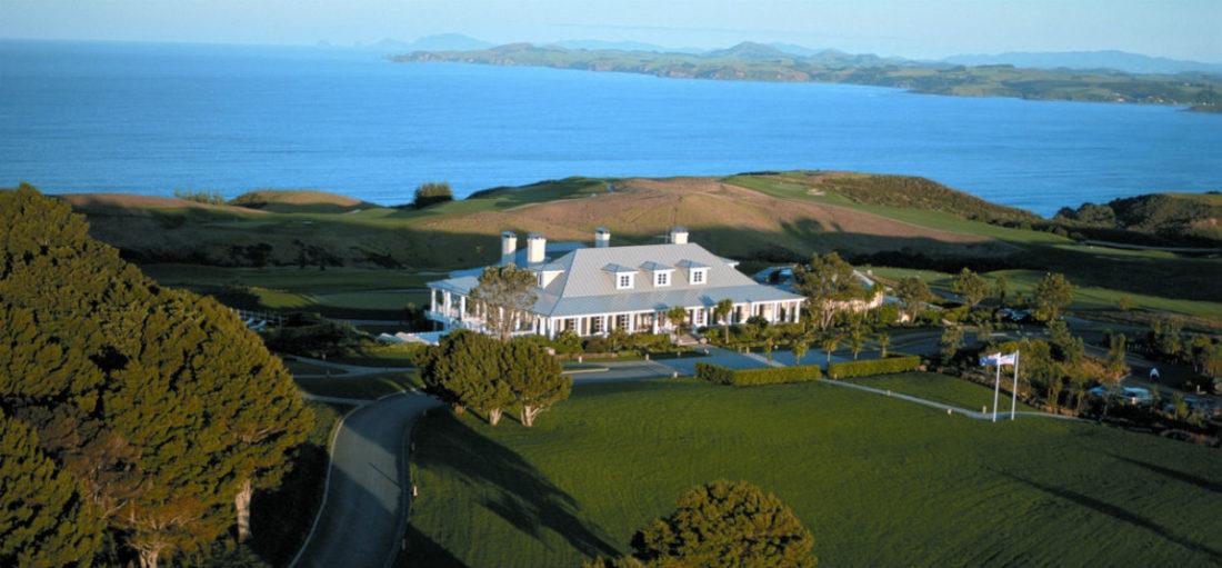 Il Lodge at Kauri Cliffs in Nuova Zelanda - veduta della struttura esternamente