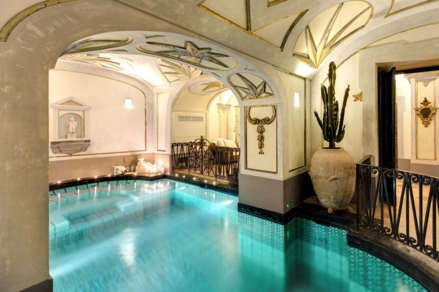 Piscina interna nella SPA della Villa Palazzo Violetta a Positano