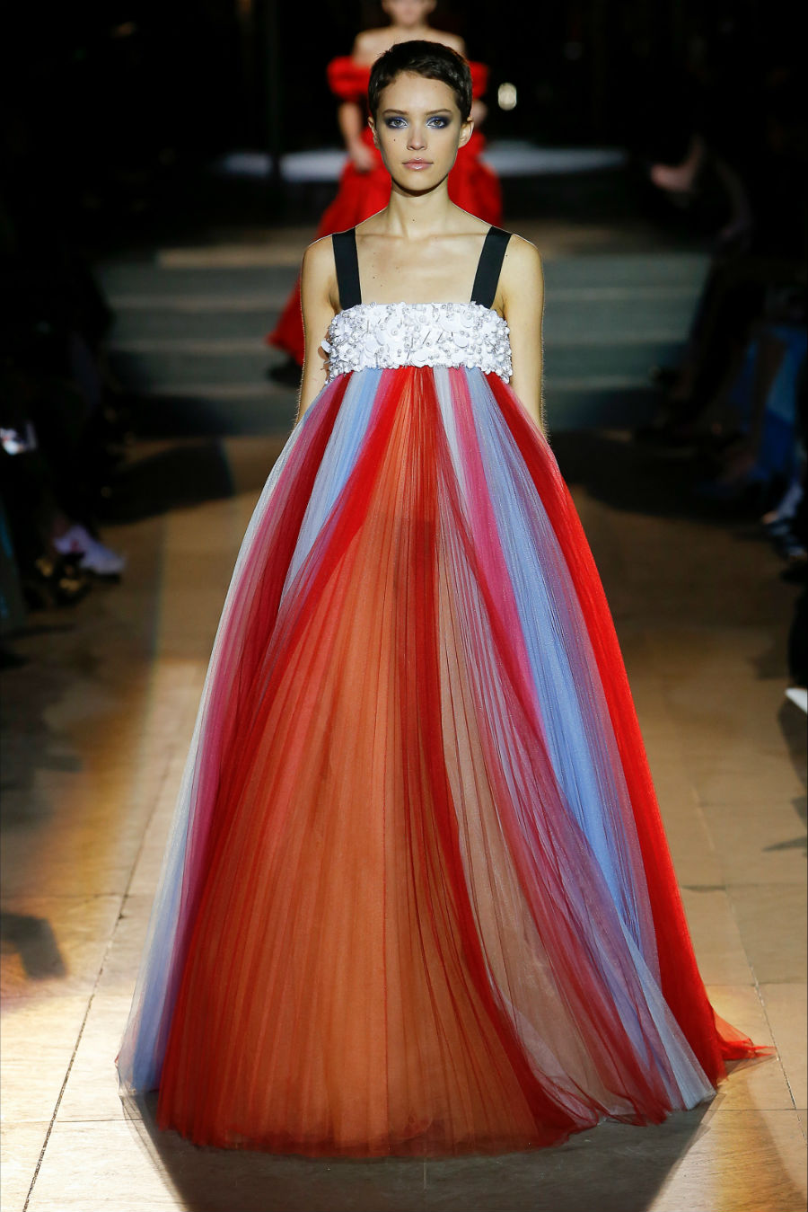 abito in tulle colorato di Carolina Herrera Pre Fall 2018 - credits Carolina Herrera