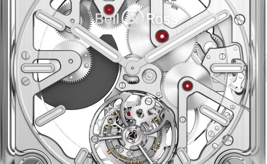Bell & Ross – BR-X2 Skeleton Tourbillon Micro-Rotor – Un close-up del calibro scheletrato BR-CAL.381 dotato di dispositivo tourbillon. Il micro rotore (in color antracite sulla sinistra) è realizzato in una speciale lega metallica composta al 95% da tungsteno.