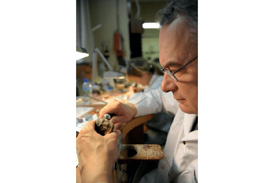 Il Maestro incisore e scultore Philippe Nicolas, Cavaliere delle Arti e delle Lettere