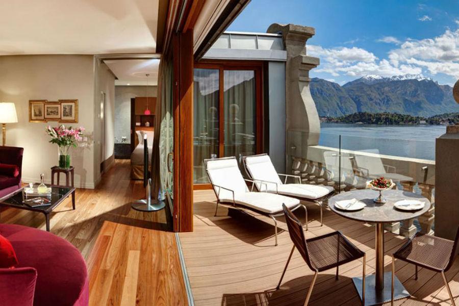 Il Grand Hotel Tremezzo sul Lago di Como: terrazza vista lago di una camera