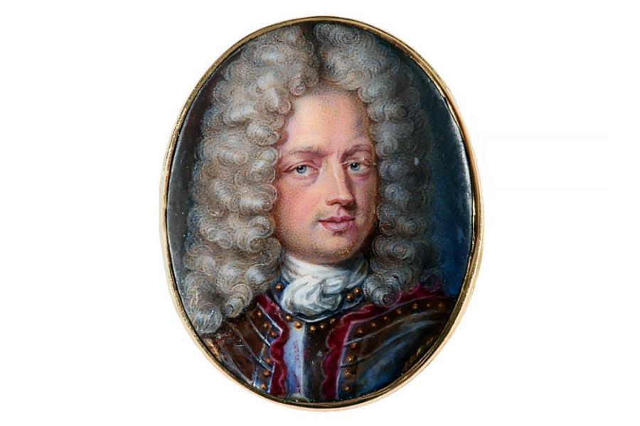 Anello da uomo di famiglia nobile con miniatura su porcellana che ritrae un gentiluomo con parrucca, firmato e datato Johann Friedrich Ardin, 1714 © Bernard Saint-Genès