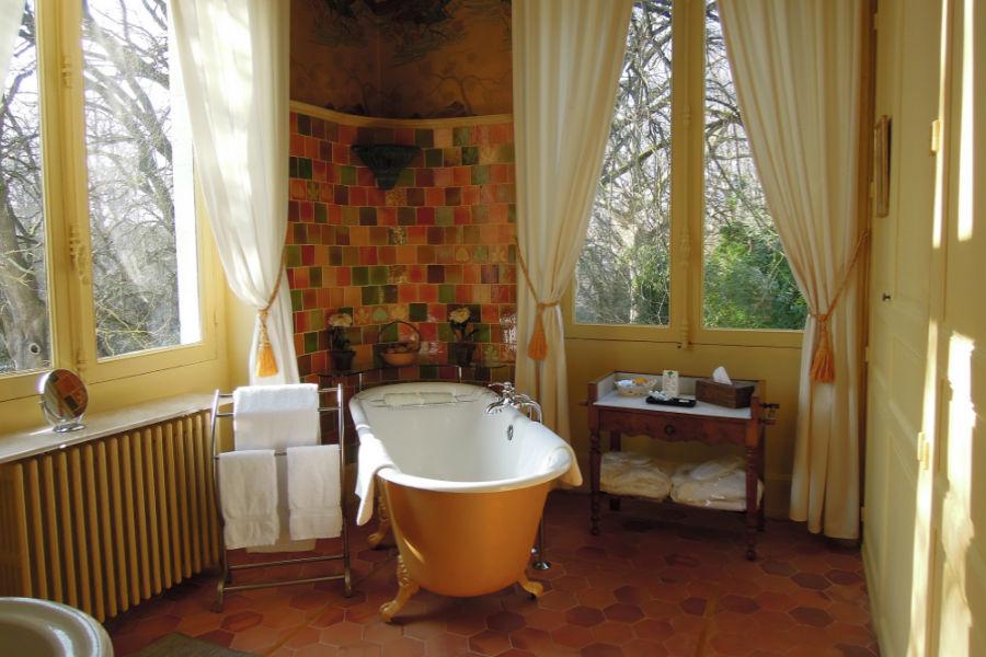 Bagno di una Junior Suite dell'Hotel Castello di Verrières