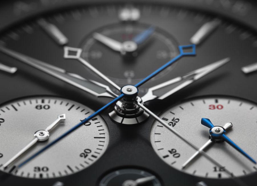 Cronografo A. LANGE & SÖHNE - TRIPLE SPLIT - Ref. 424.038F - Il primo cronografo meccanico al mondo con lancetta rattrapante che permette cronometraggi comparativi su più ore. Una lancetta rattrapante per i totalizzatori dei minuti e una delle ore consente di cronometrare tempi intermedi e di riferimento per una durata di dodici ore.