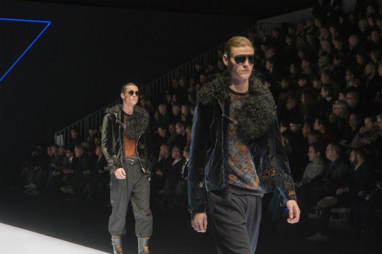 Frame della sfilata Emporio Armani, #wearsEA collezione autunno inverno 2018-2019