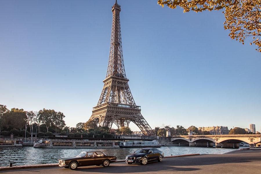 La Jaguar Series I e la XJ50 all'ombra della Tour Eiffel