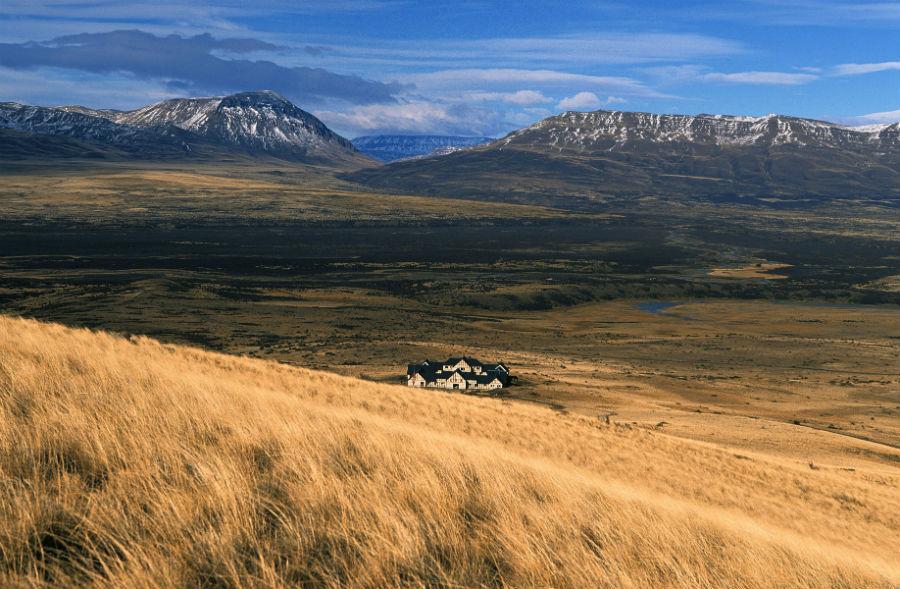 Relais & Chateaux - il resort Eolo per scoprire la Patagonia: una veduta del resort immerso nella steppa della Patagonia