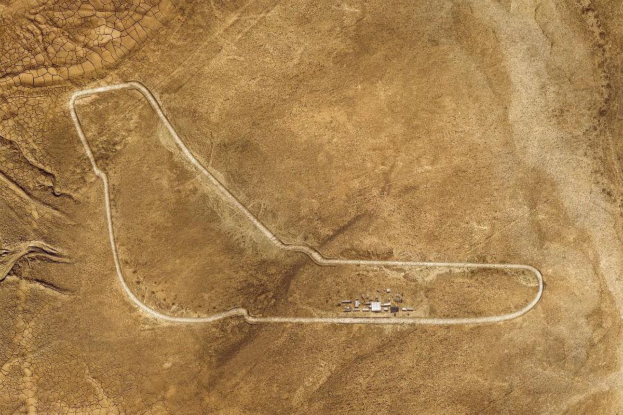 Il tracciato del circuito di Monza ricostruito in scala 1:1 a Merzouga in Marocco