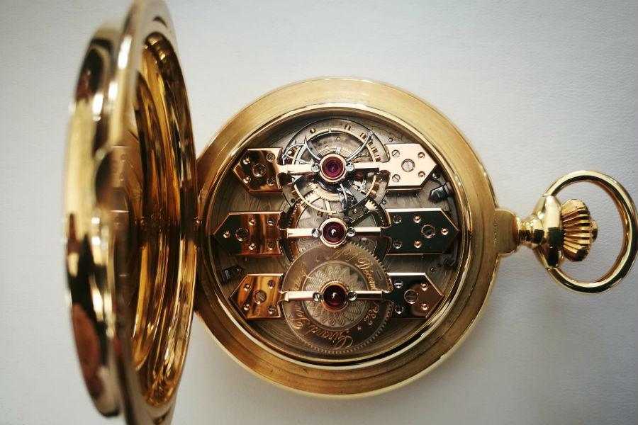 Girard-Perregaux - Un esemplare dell'orologio da tasca Tourbillon sous trois Ponts d'or datato 1982.