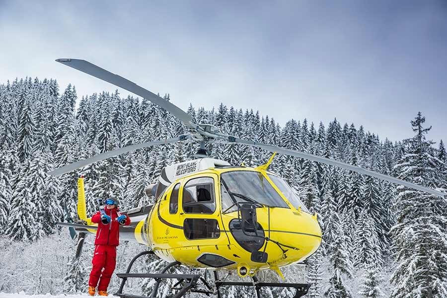 Elicottero del Four Season Hotel Mègeve - Credit Photo Richard Waite
