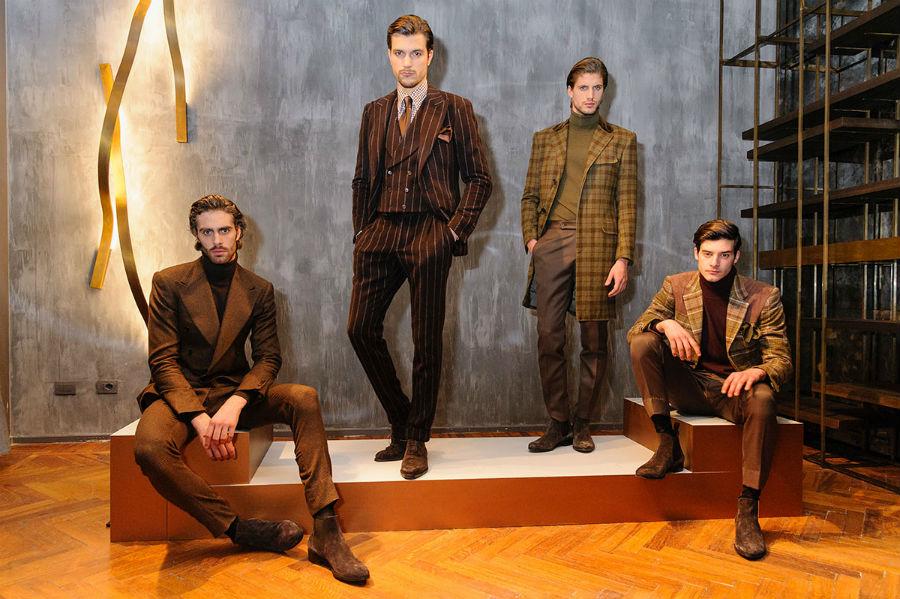 Made to Measure: nell'immagine modelli di abiti su misura da uomo di Cifonelli