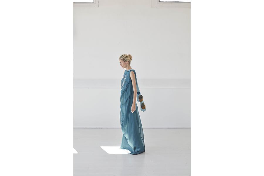 Moda etica: nell'immagine un capo di abbigliamento ecosostenibile di Bav Tailor SS19