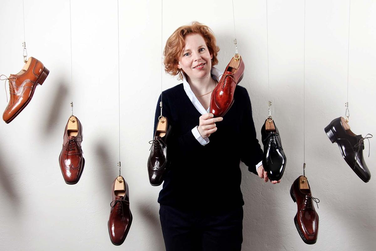 Vivian Saskia Wittmer tra le sue creazioni: scarpe su misura che sono considerate vere e proprie opere d'arte. ©Courtesy Atelier Vivian Saskia Wittmer