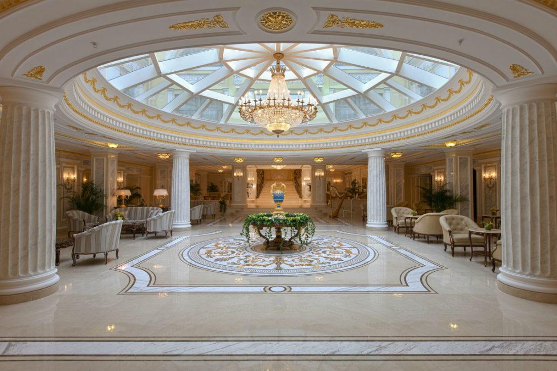 State Hermitage Museum Official Hotel, tra eccellenza e tradizione a San Pietroburgo: ingresso