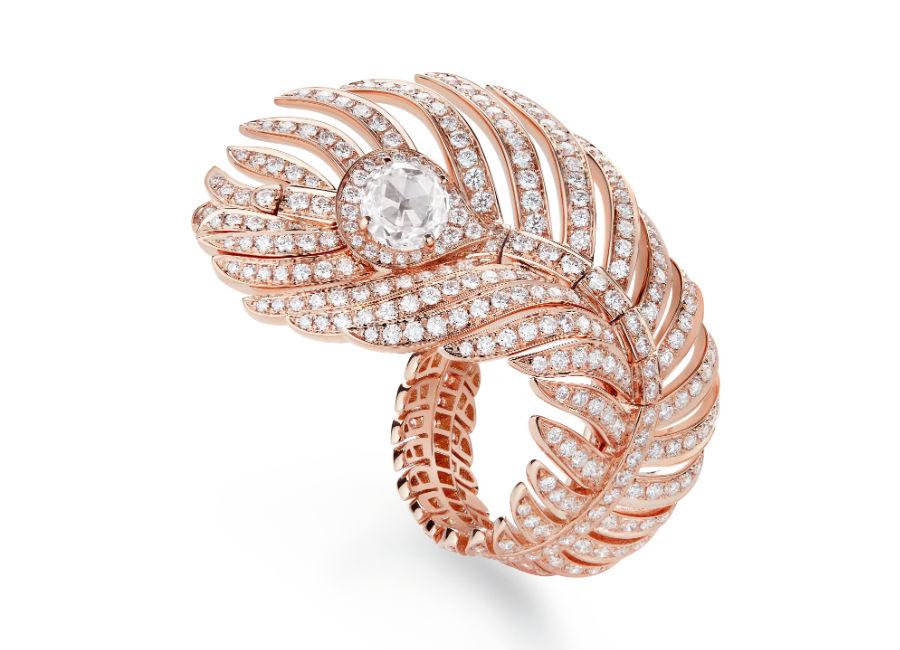 Boucheron Gioielli – Plume de Paon – Anello in oro rosa con diamanti.