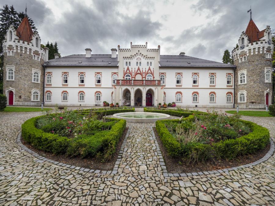 Chateau Herálec - luxury hotel - Repubblica Ceca: immagine dell'esterno del castello - Credits Chateau Herálec