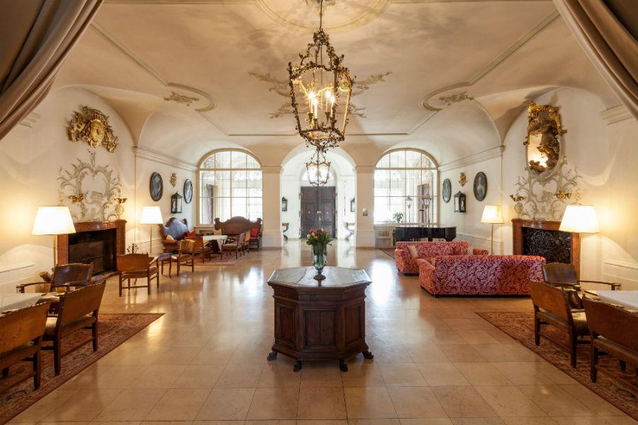 Una sala interna dell'Hotel Schloss Leopoldskron - Credits Hotel Schloss Leopoldskron