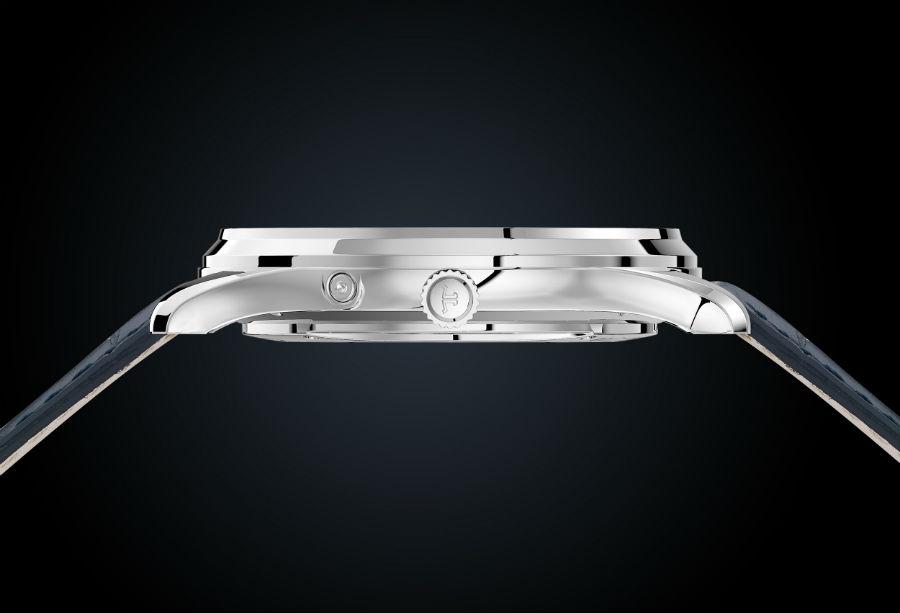 Jaeger-LeCoultre – Master Ultra Thin Moon Enamel – dettaglio spessore cassa in oro bianco da 39 mm