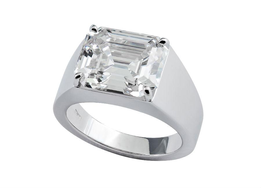 Pisa Diamanti – anello con un diamante taglio a smeraldo