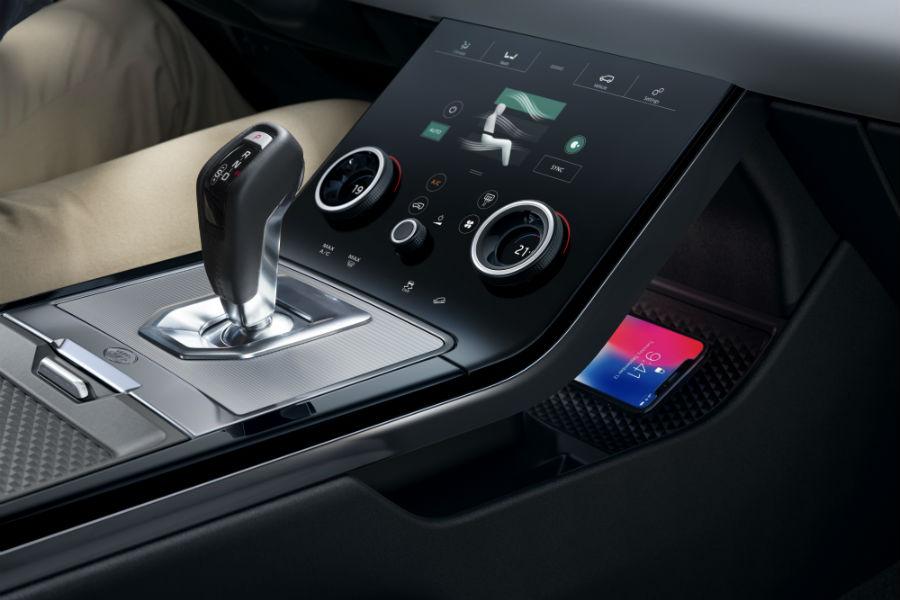 La nuova Range Rover Evoque: dettagli interni