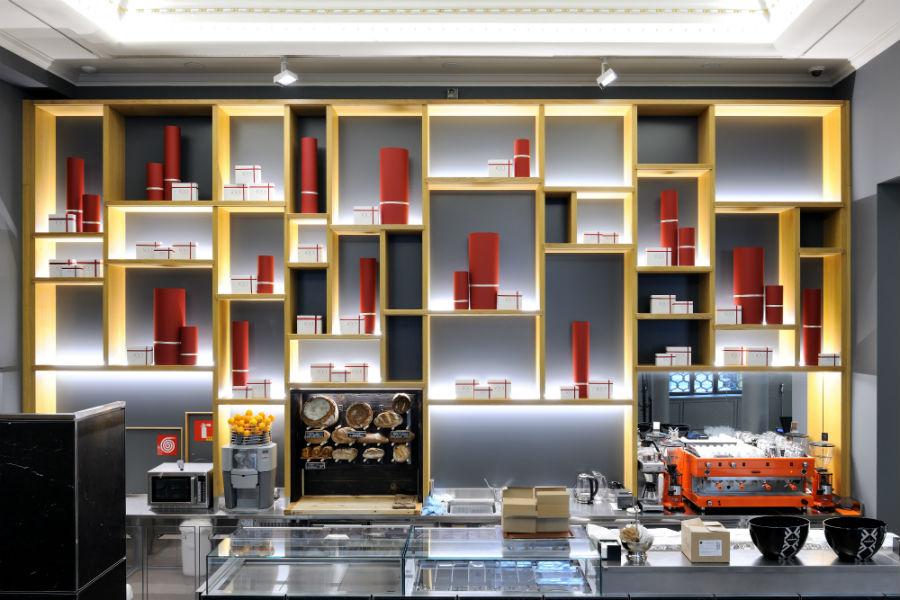 Voce Milano, il nuovo ristorante di Aimo e Nadia in Gallerie d'italia, in Piazza della Scala: nell'immagine la zona caffetteria