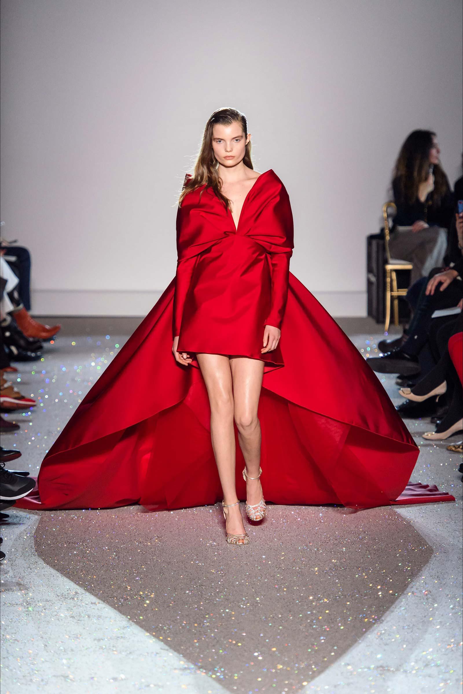 Giambattista Valli - Paris Haute Couture Spring Summer 2019