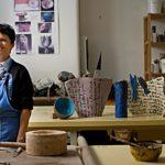 Gabriella Sacchi e lo Spazio Nibe: punto di riferimento della ceramica artistica contemporanea a Milano
