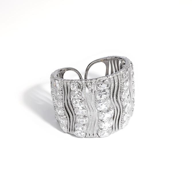 Maison G – Glenn Spiro – Bracciale in titanio con 44 diamanti Old Mine taglio a cuscino (per un totale di 49,69 carati).