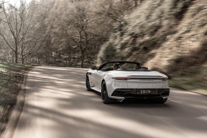 Aston Martin DBS Superleggera Volante, vista del posteriore