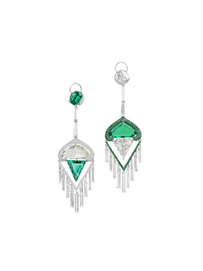Boghossian – Orecchini con diamanti e smeraldi.