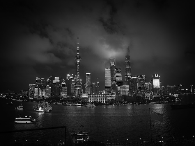 Foto in mostra Milano-Shanghai Living Cities by Aldo Fallai – Photo Credit Shanghai Tang