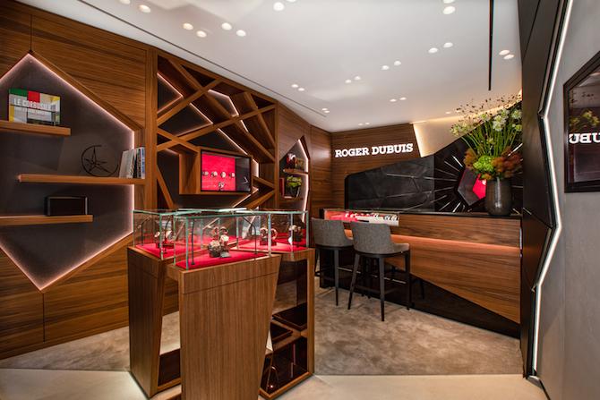 boutique di Roger Dubuis a Londra