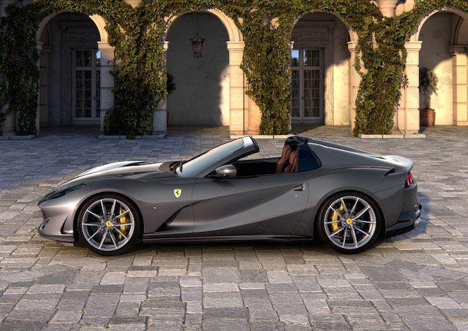Ferrari 812 GTS, laterale