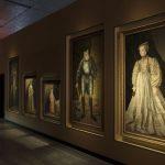 Wes Anderson alla Fondazione Prada: Il sarcofago di Spitzmaus e altri tesori