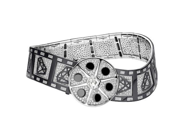 Collana Azione! della Collezione Cinemagia. Alta Gioielleria Bvlgari in oro bianco, zirconio e pavé di diamanti.