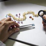 Dolce e Gabbana gioielli, in viaggio negli atelier del marchio