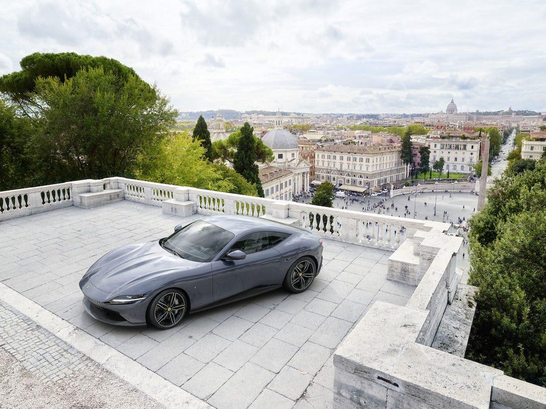 Roma. Tutta l'Italia racchiusa in una Ferrari
