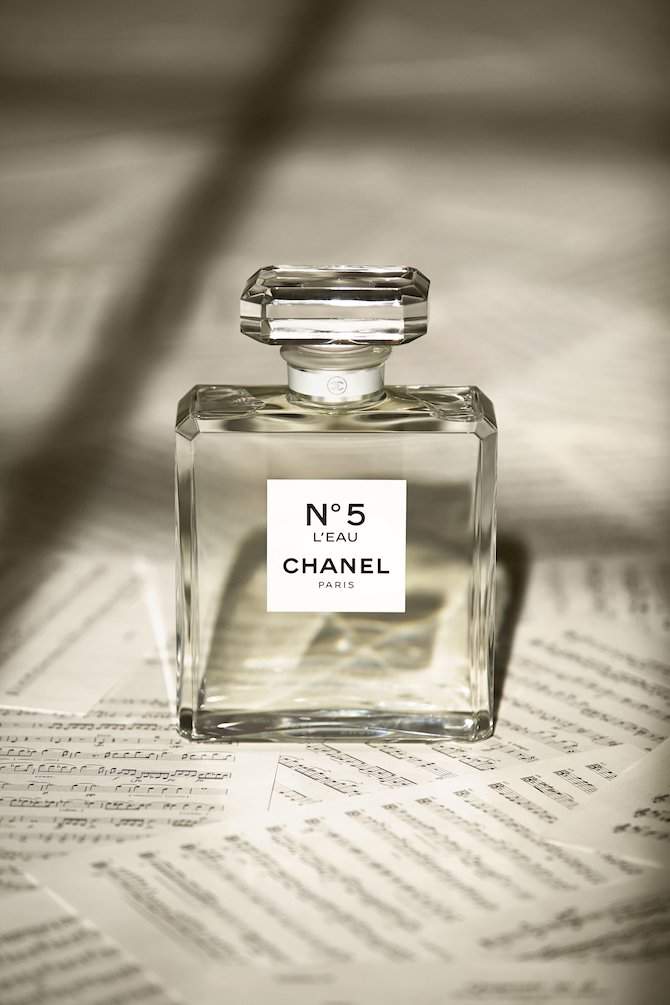 "Chanel Parfumeur Chapter 2 ""I am a Nose""."