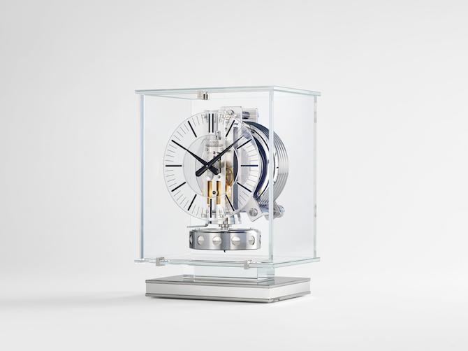 Jaeger-LeCoultre – Atmos Transparente
