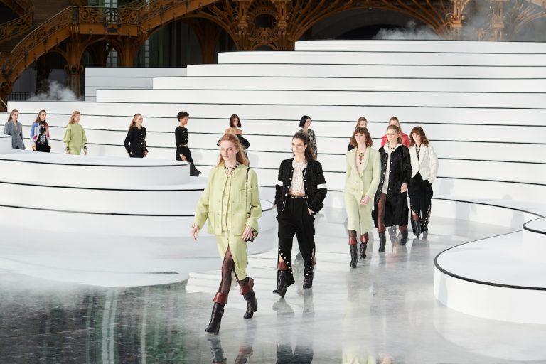sfilata Chanel FW 2020/2021. La purezza di un attimo