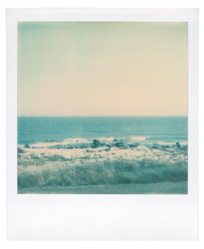 ANDY WARHOL (1928-1987) Ocean View Estimate: USD 2,500 - USD 3,500 (GBP 1,981.50 - GBP 2,774.10) unique polaroid print 4¼ x 3½ in. (10.8 x 8.8 cm.) Executed circa 1975.