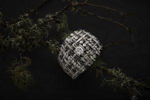 Chanel, il tweed in gioiello