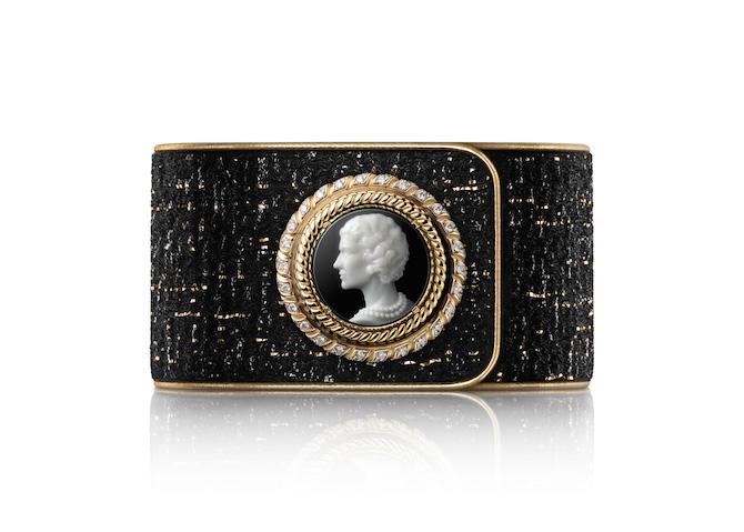Orologio Chanel Mademoiselle Privé Bouton Camée