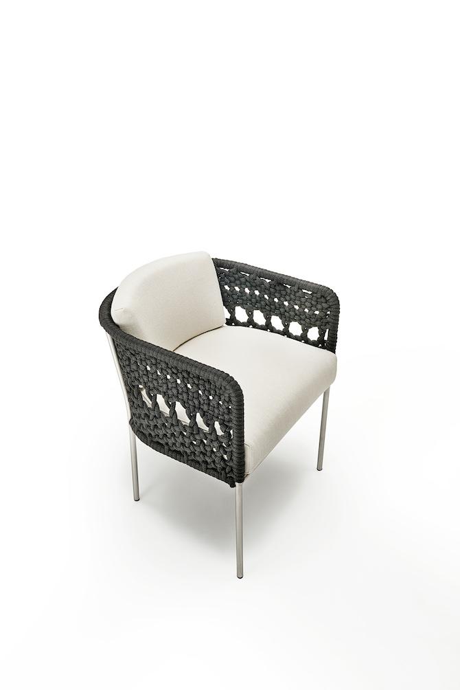 Poltroncina Mini Tombolo, design Piero Lissoni e UnPizzo per Living Divani