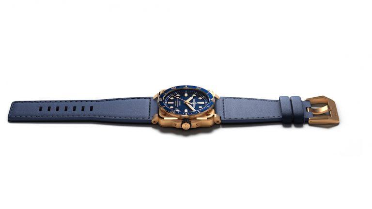 orologi subacquei Bell & Ross BR 03-92 Diver Blue Bronze e BR 03-92 Diver Full Lum: subacquei al quadrato