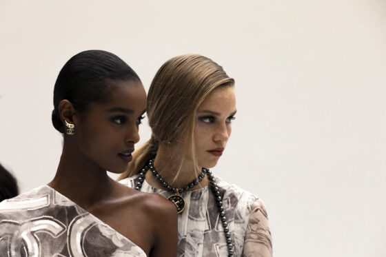 Chanel Spring Summer 2021 Lights, Camera, Action. La Spring Summer 2021 di Chanel è un'ode al cinema