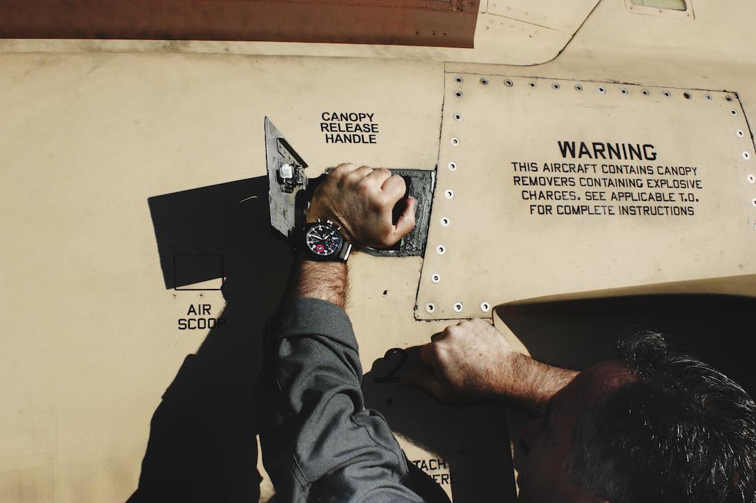 """IWC Top Gun Edition """"SFTI"""", il nuovo cronografo da pilota"""